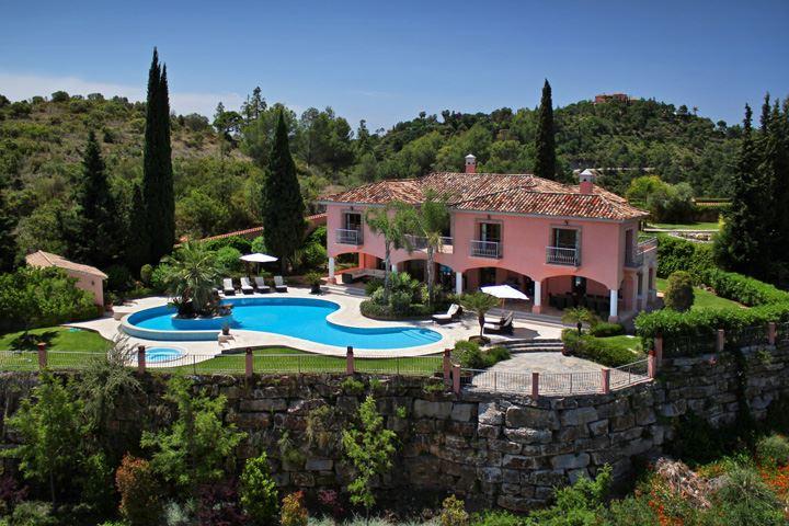 Casa san bernardo alquiler de propiedades de lujo en marbella - Casas de lujo en marbella ...