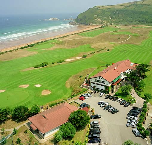 Real golf club de zarauz campo de golf en zarauz guip zcoa - Apartamentos sobre el mar zarautz ...