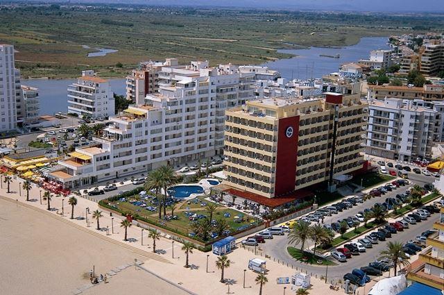 hoteles en goya:
